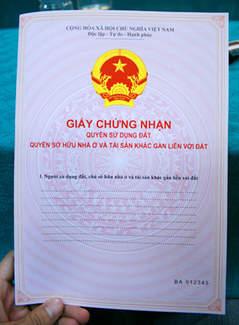 Bán gấp lô đất liền kề KCN Tân Đức giá chỉ 230 triệu