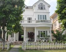 Mua bán nhà liền kề Hồ Chí Minh: khu Đông khát đất